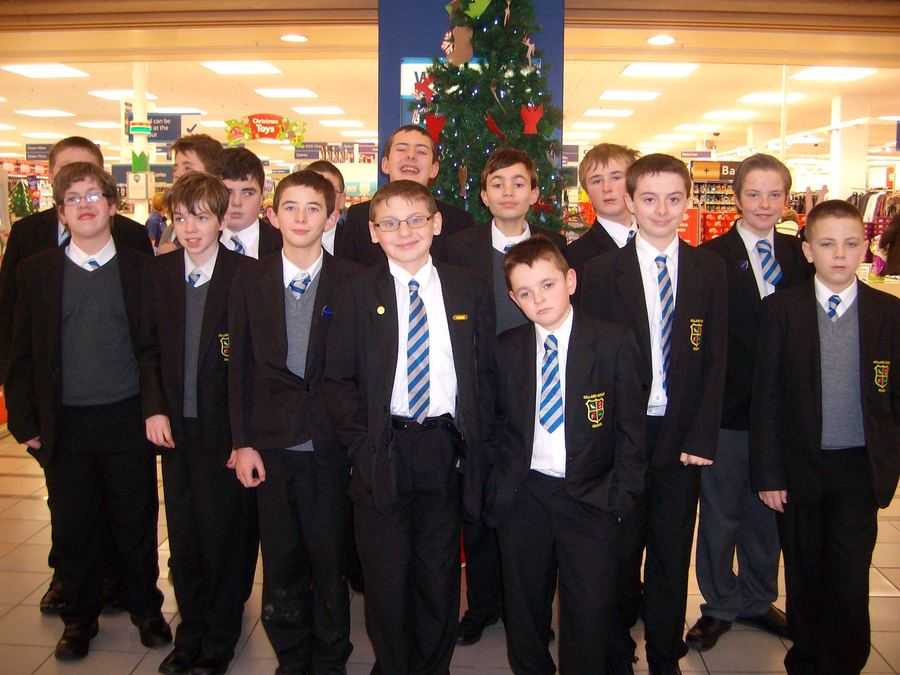 Year 9 and 10 went Christmas shopping at Bloomfield Shopping Centre