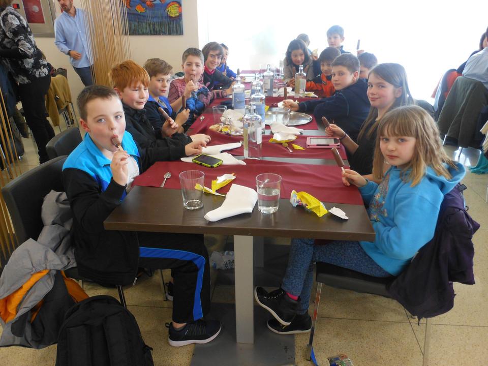 Cake Decorating Course Rochdale : Crossgates Primary School - Trip to Spain - Year 6 children