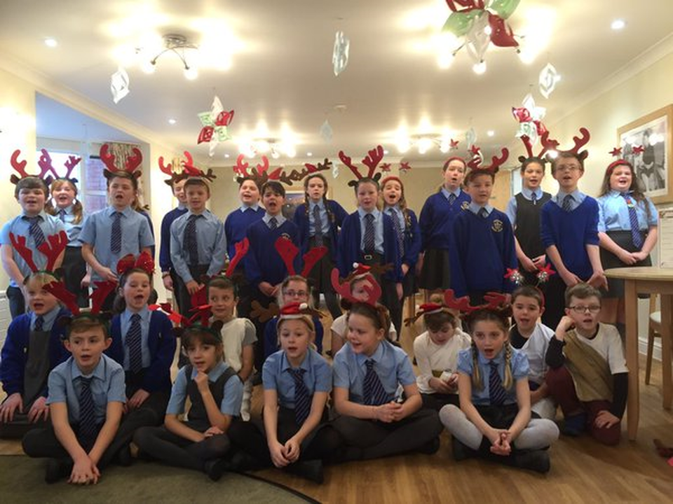 Frodsham Manor House Primary School Christmas 2015
