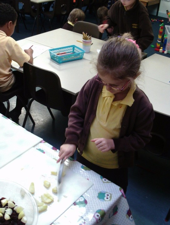 Cake Decorating Classes Medway : Horsted School - Sunflowers