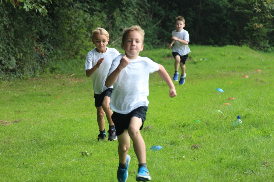 Click on the image to see some photos of our cross country stars...