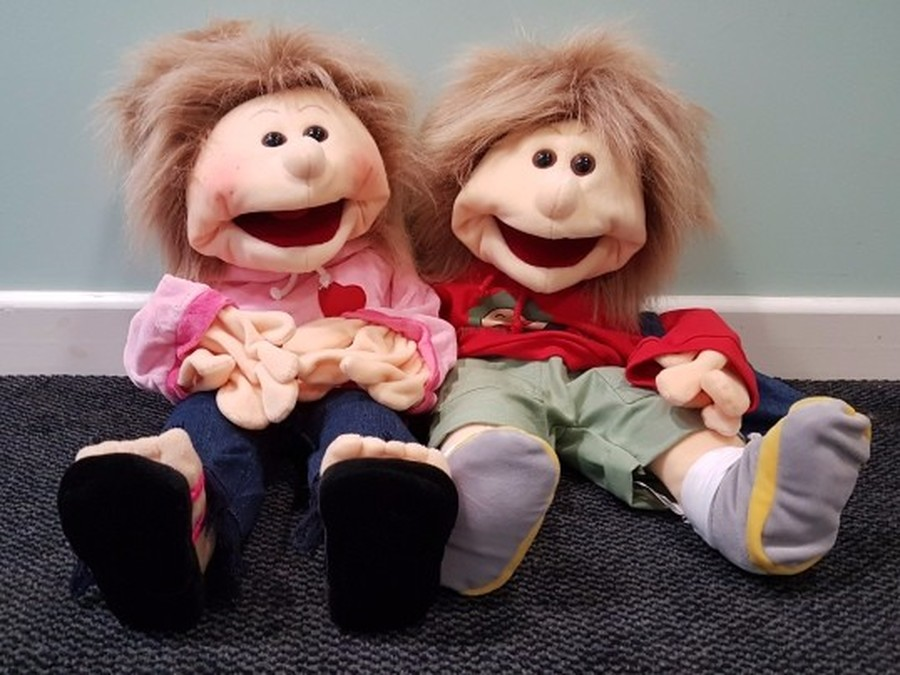 Welcome our new KS1 music mascots......Melodie and Florien.  We will be using these signing puppets to help learn our makaton and action songs.