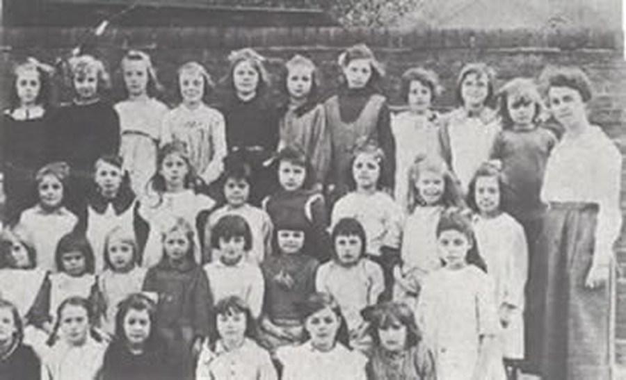School photograph 1921