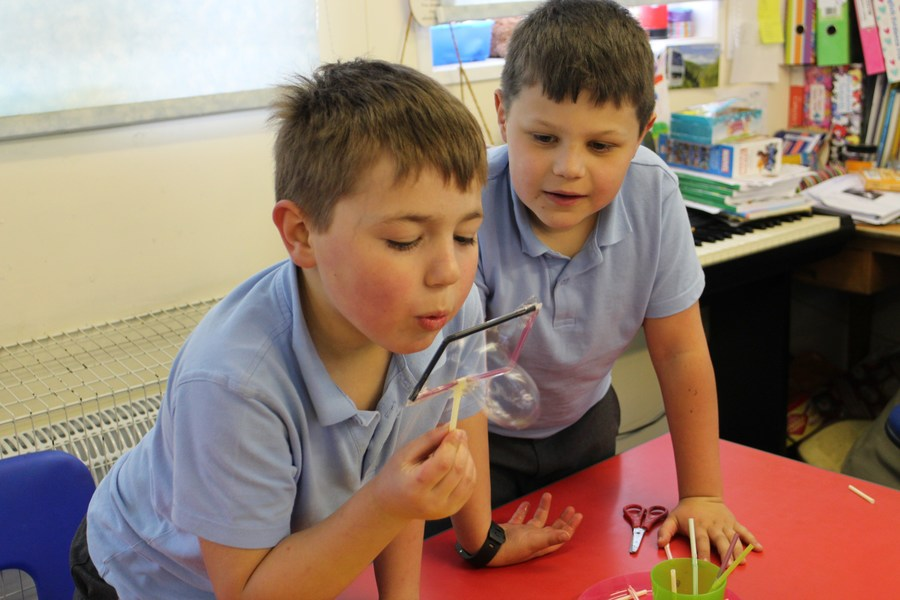 You can see photos from our SCIENCE DAY here