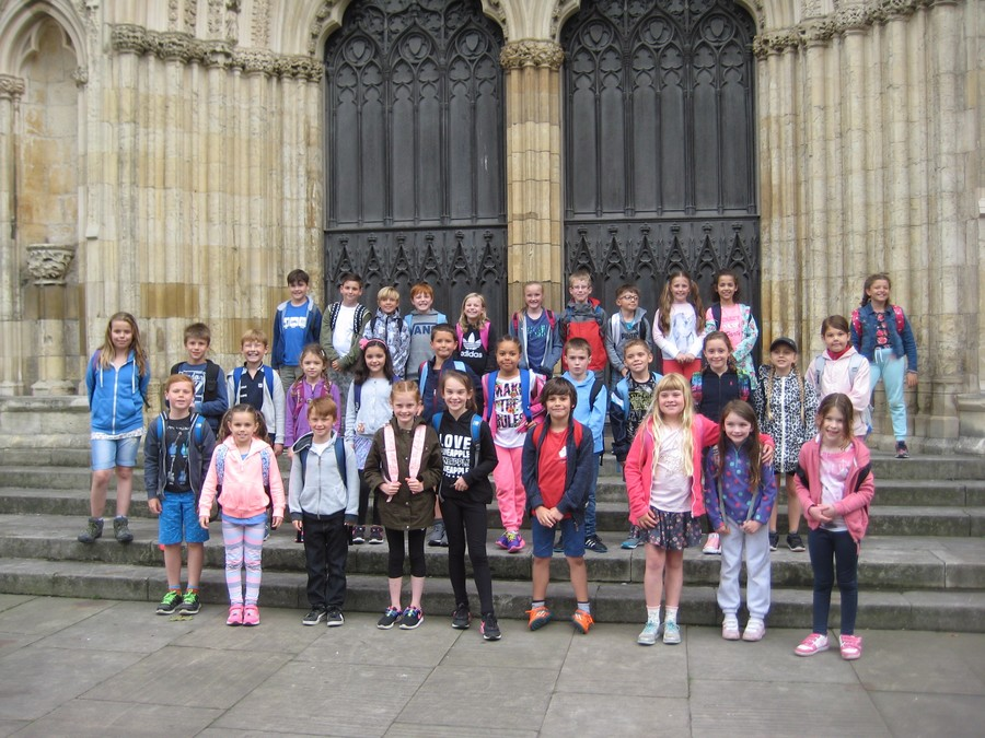 Y3 outside York Minster 2016