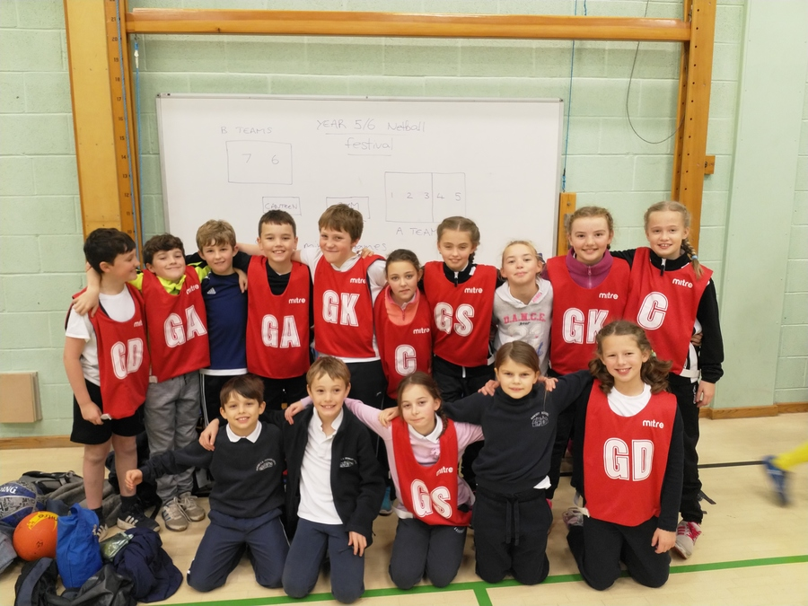The netball team ready for action!