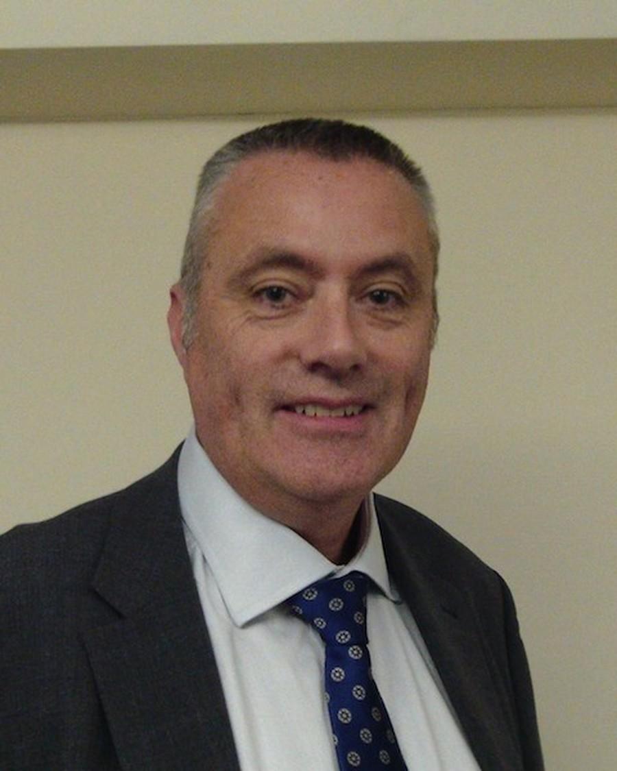 Mr Paul Massey