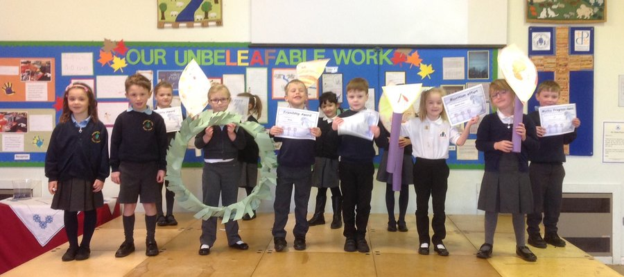 Y1 Advent assembly