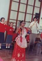 1992-01-30-TradititionalIndianDanceTroop4.JPG