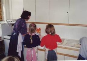 1992-09-13-foodpreparea.JPG