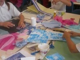 2009-09-11-y6-artsweek-01.JPG