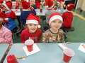 Class 2 winter and xmas display 027.JPG