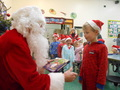 Class 2 winter and xmas display 041.JPG