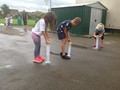 A team race to fill<br>the measuring cylinder!