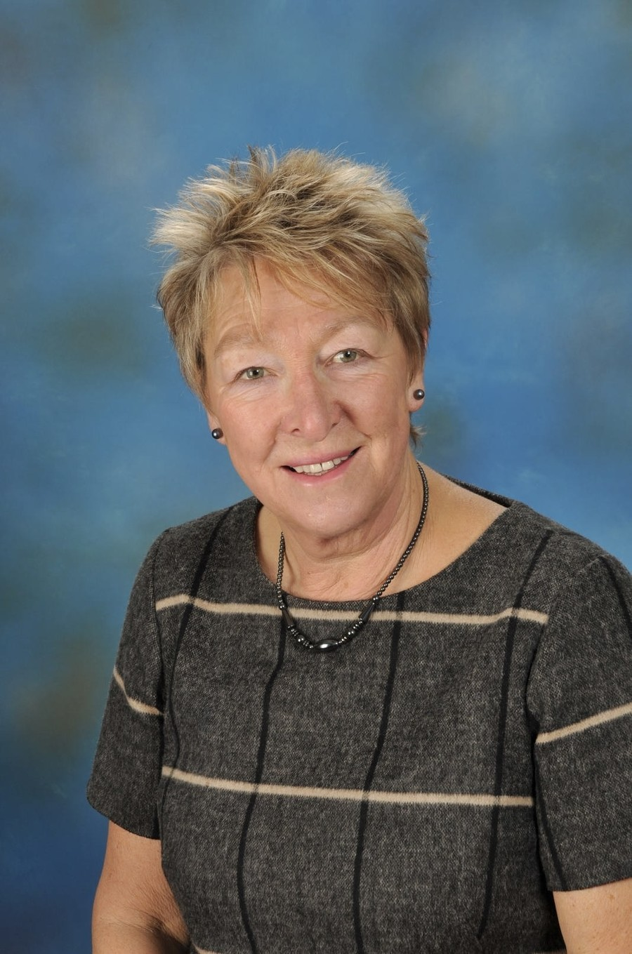 Mrs P Saunders - Special Needs Assistant