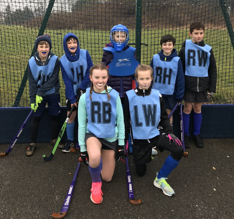 The winning hockey team that travelled to Devizes for the Level 3 game