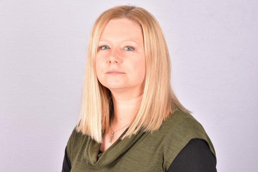 Mrs Sarah Barnett - Teacher