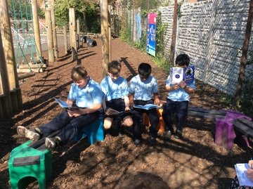 19.4.18 Guided Reading - Non-fiction about the continents