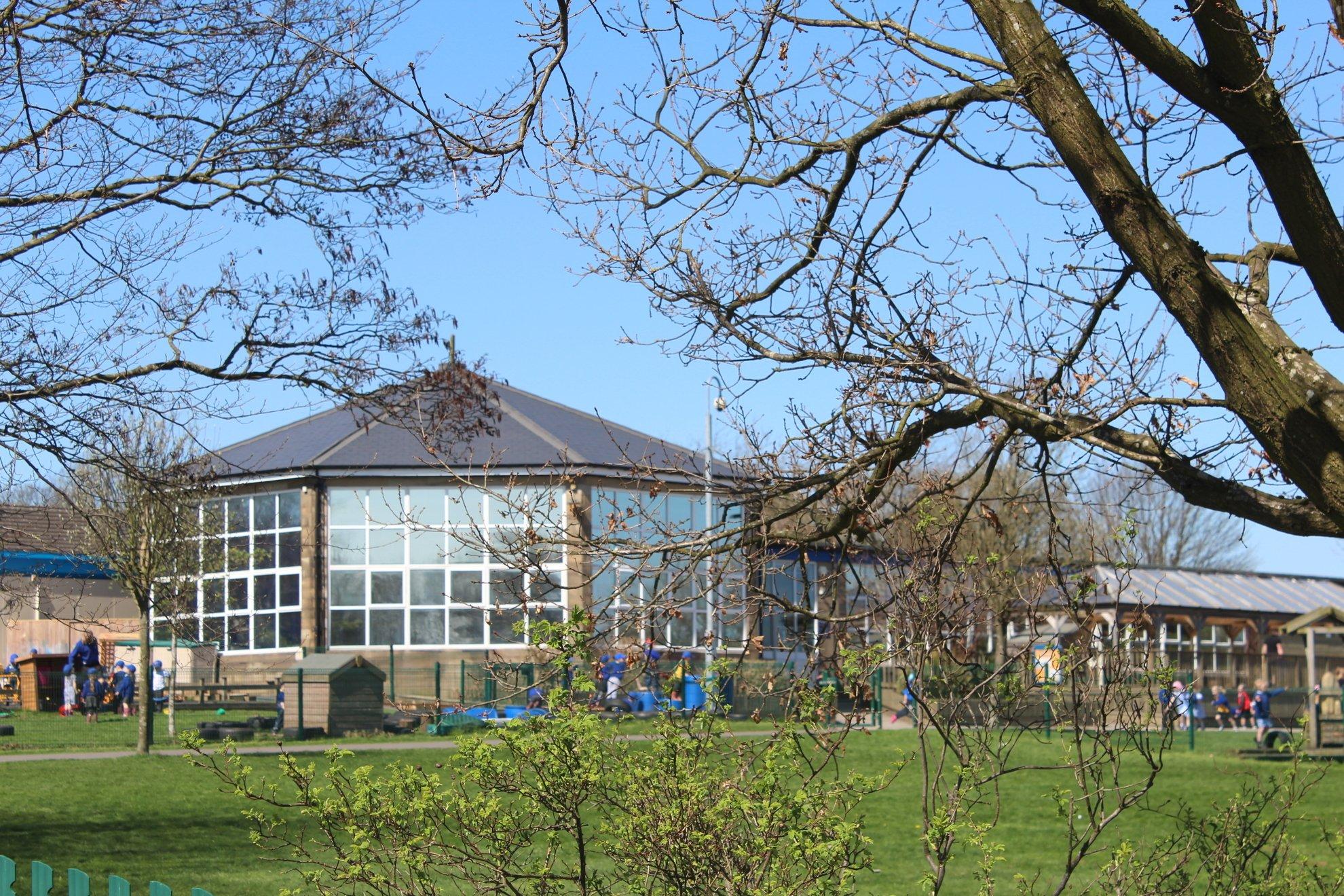 Whitehill Community Academy 3-11 - Home