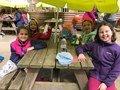both class girls lunch.jpg