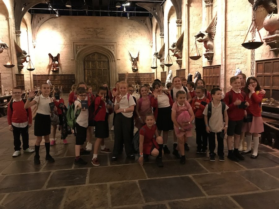Wow! We are in the Great Hall at Hogwarts!!!!!!