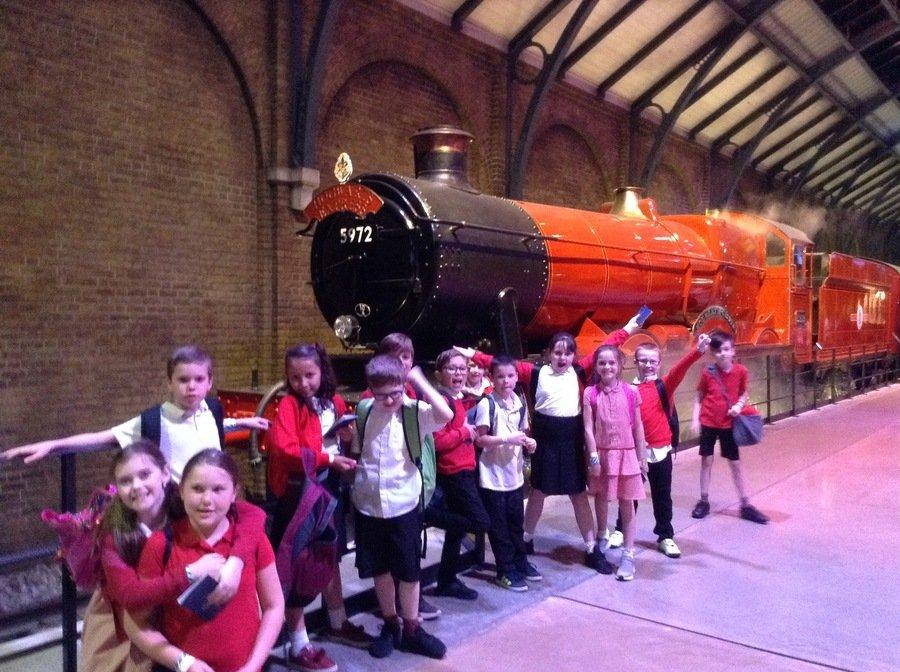 The Hogwarts Express!!!!!!!