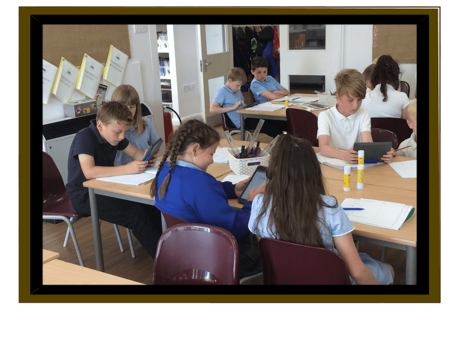 Class 4 using the internet to compare Britain to Australia.