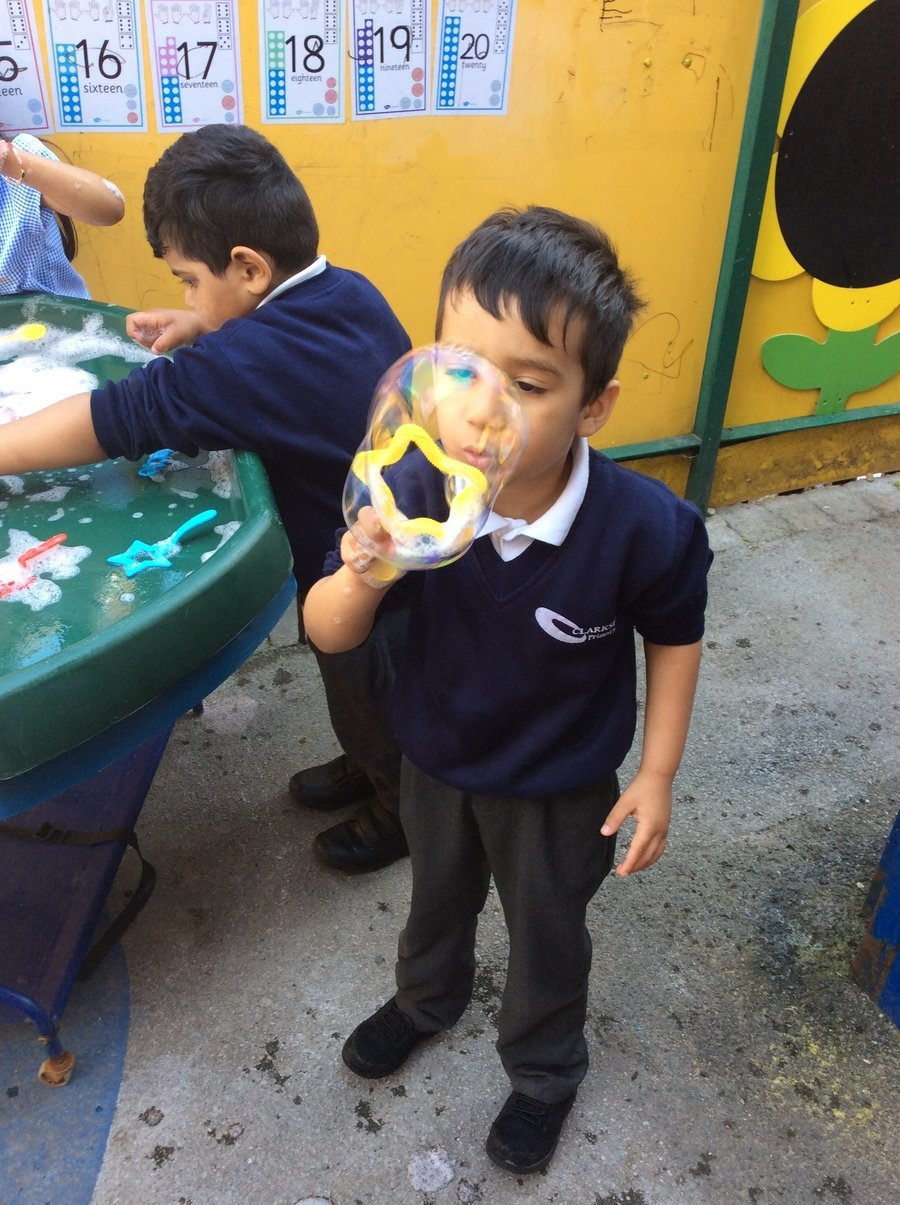 We have been learning about bubbles and how they are made.  We enjoyed blowing bubbles using soapy water, bubble solution and different shaped tools/bubble wands.