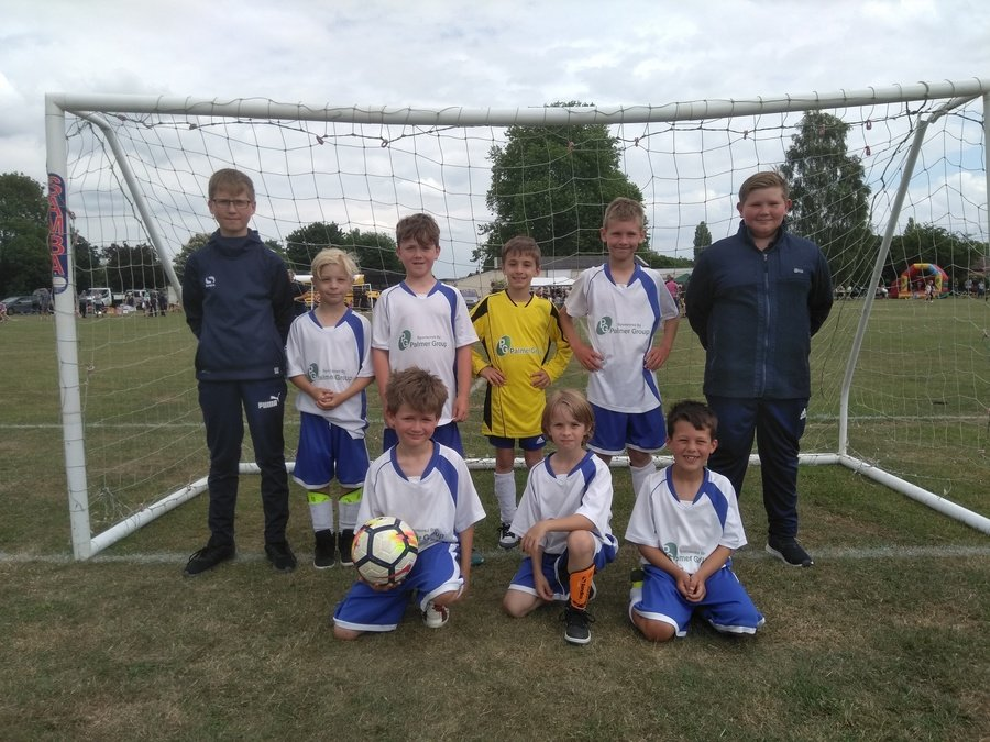 The Badgers Football Team with their managers ex-pupils Sam and Eli at the Small Schools Football Tournament - June 2018