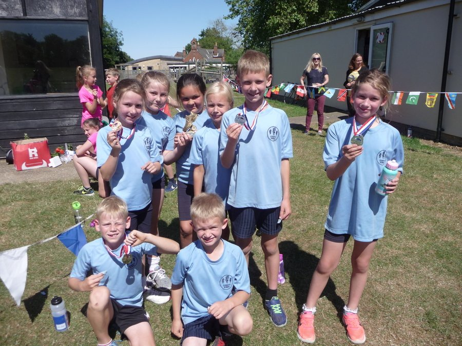 Elmsett hosted the Small Schools XC Run and were delighted to win both the boys and girls races and the event overall! Fantastic running teams.