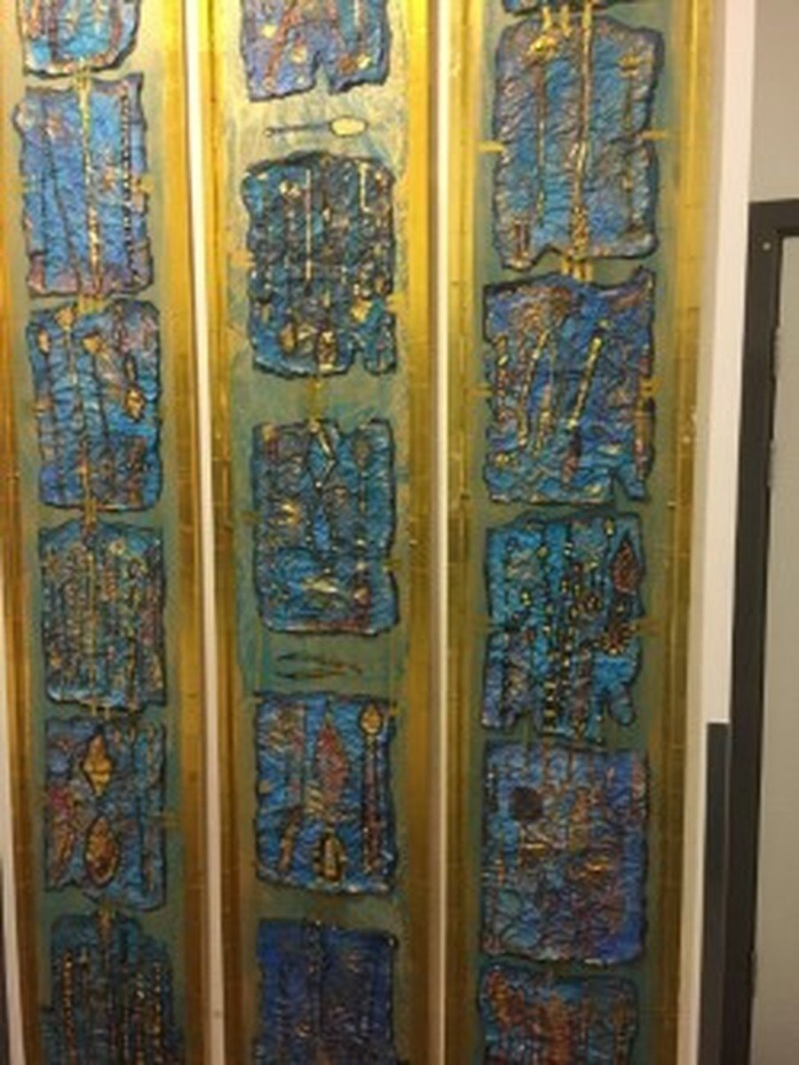 The work produced at Claremont Road primary School, Manchester, with the help of the artist DeeDee Dewar.  Our Society funded her to work with the children on the theme of Egyptian Art.