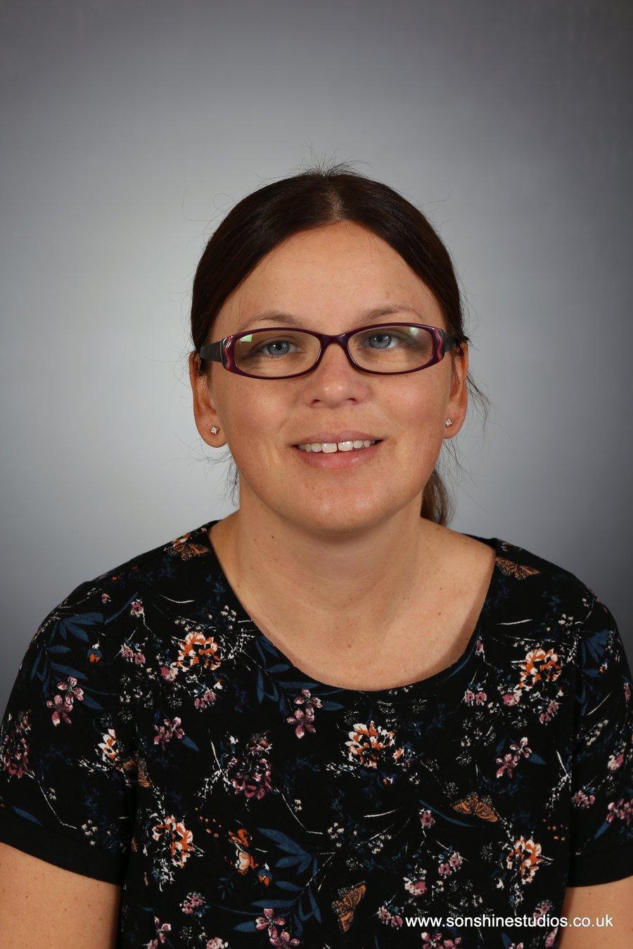 Mrs L Hart - Asst Headteacher