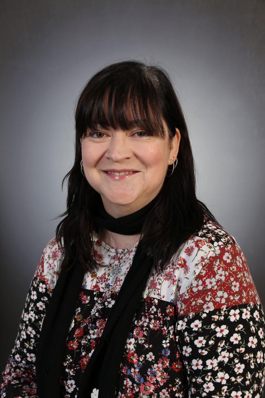 Mrs V Heyes