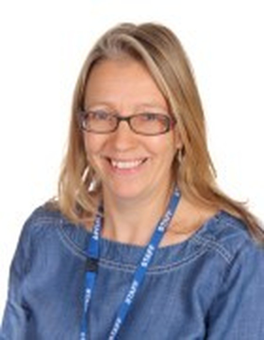 Emma Cutmore</br>Reading Recovery Teacher