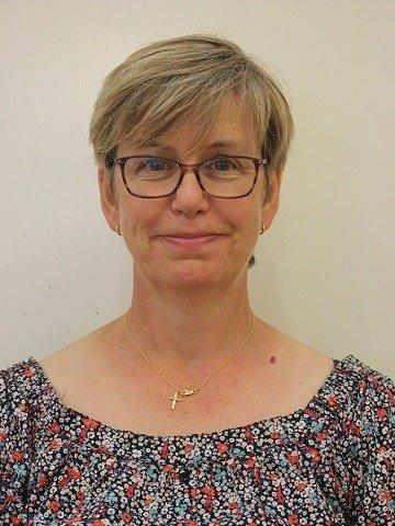 Mrs Joanne Gribben