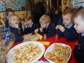 Yummy harvest food tasting with Year 1 children 8.JPG