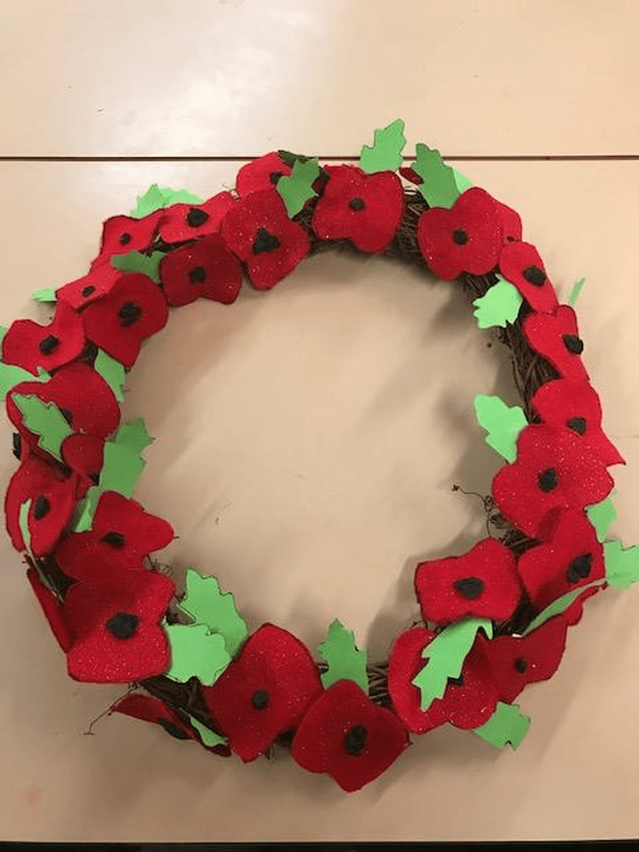 Our beautiful poppy wreath!