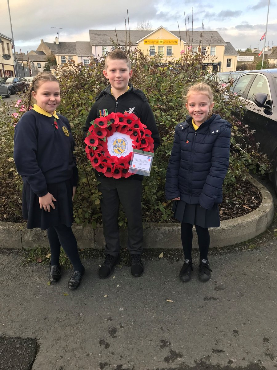 Edwards took part in the laying of a wreath at the RBL Remembrance Day Parade