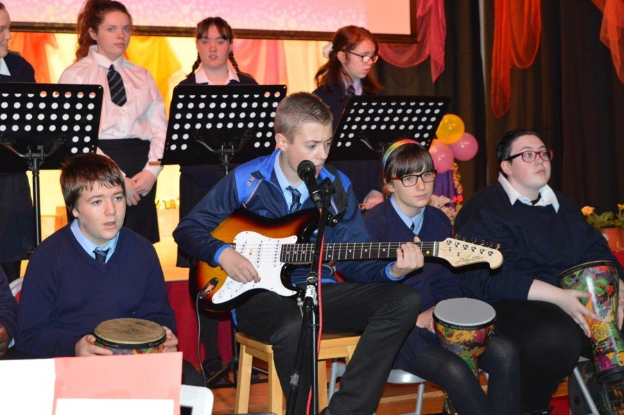 School Choir performance of 'Ride On' by Christy Moore