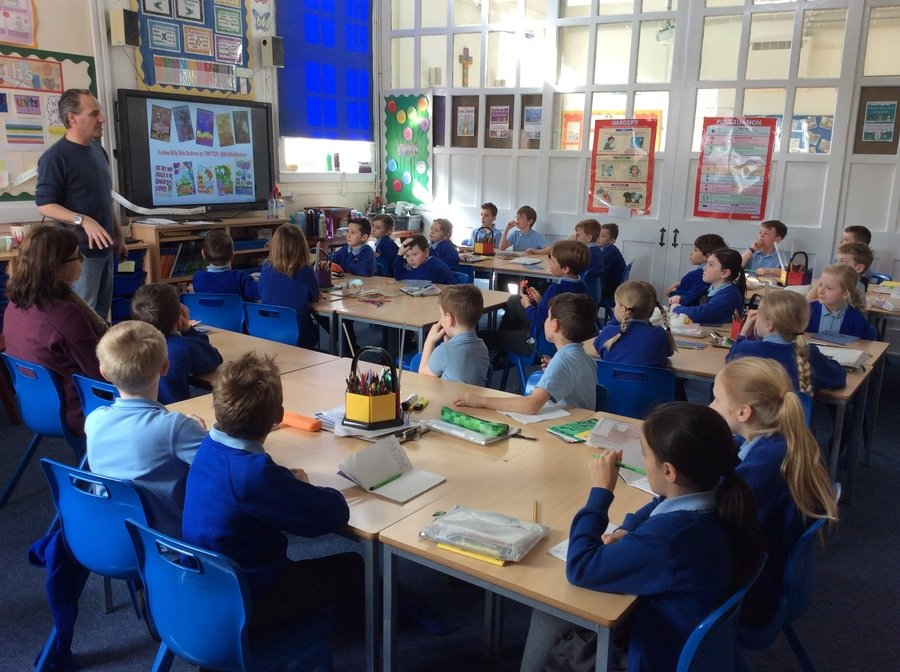 In Year 3/4 class the children were reminded that in all the best stories the characters need to appear real to the reader. To do this they were encouraged to come up with similes to describe characters that compared with things that other children in the class could picture. The children joined in enthusiastically. Ending the session, Billy Bob Buttons read to the children from one of his own favourite stories.
