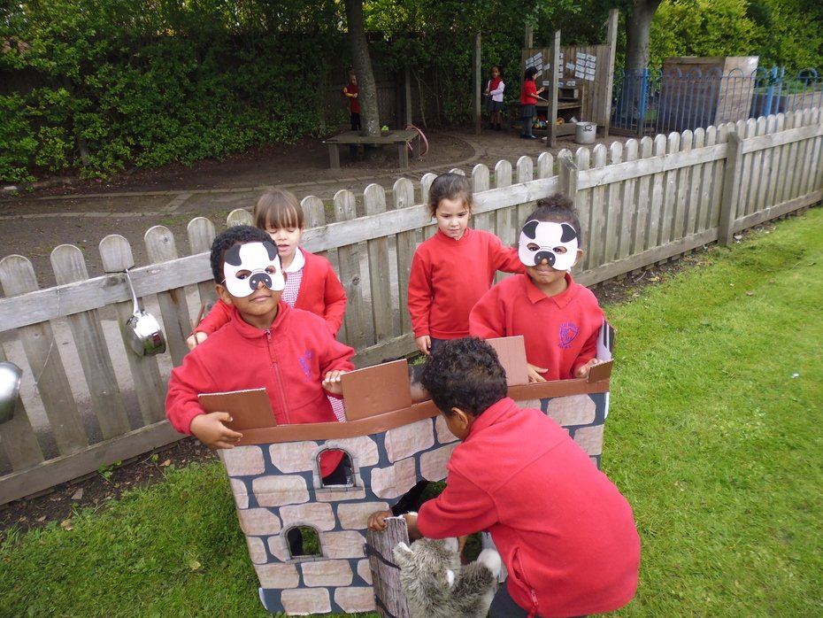 Nursery 3 Little Pigs