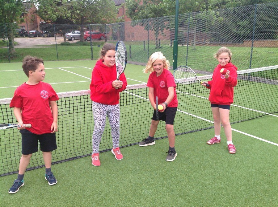 Year 3/4 Tennis June 2019