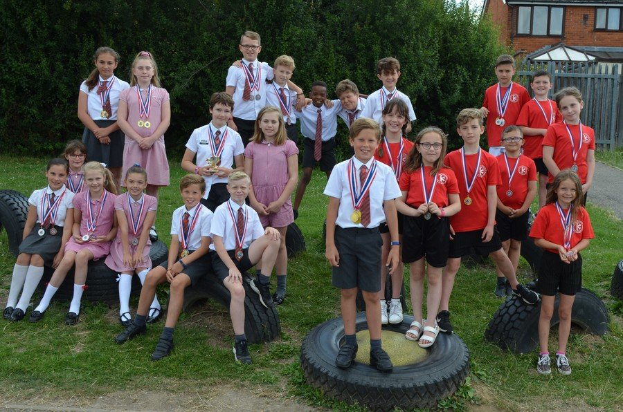 Our super swimming gala team, who came second. Well done!!! June 2019
