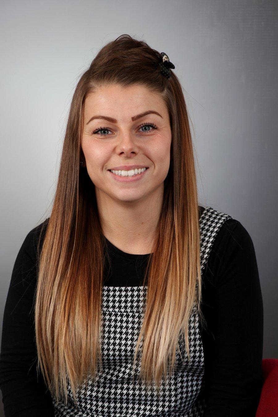 Miss J Gledhill