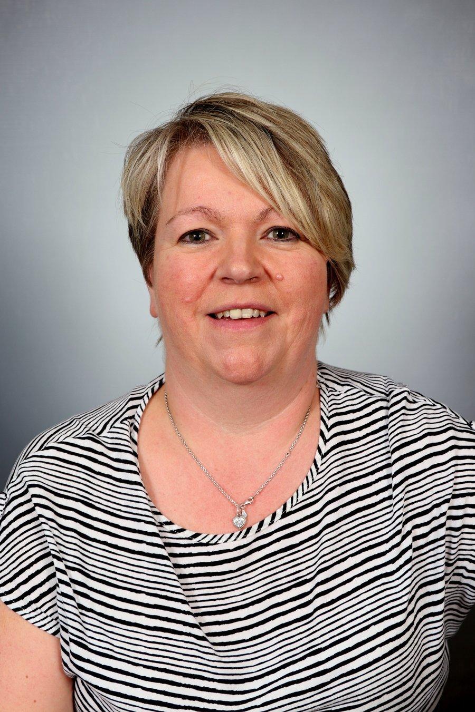 Mrs L Butler