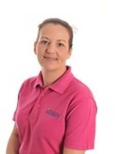 Tina Campbell<br>Level 3 Childcare