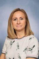 Mrs N Hewitt<br>HLTA<br>
