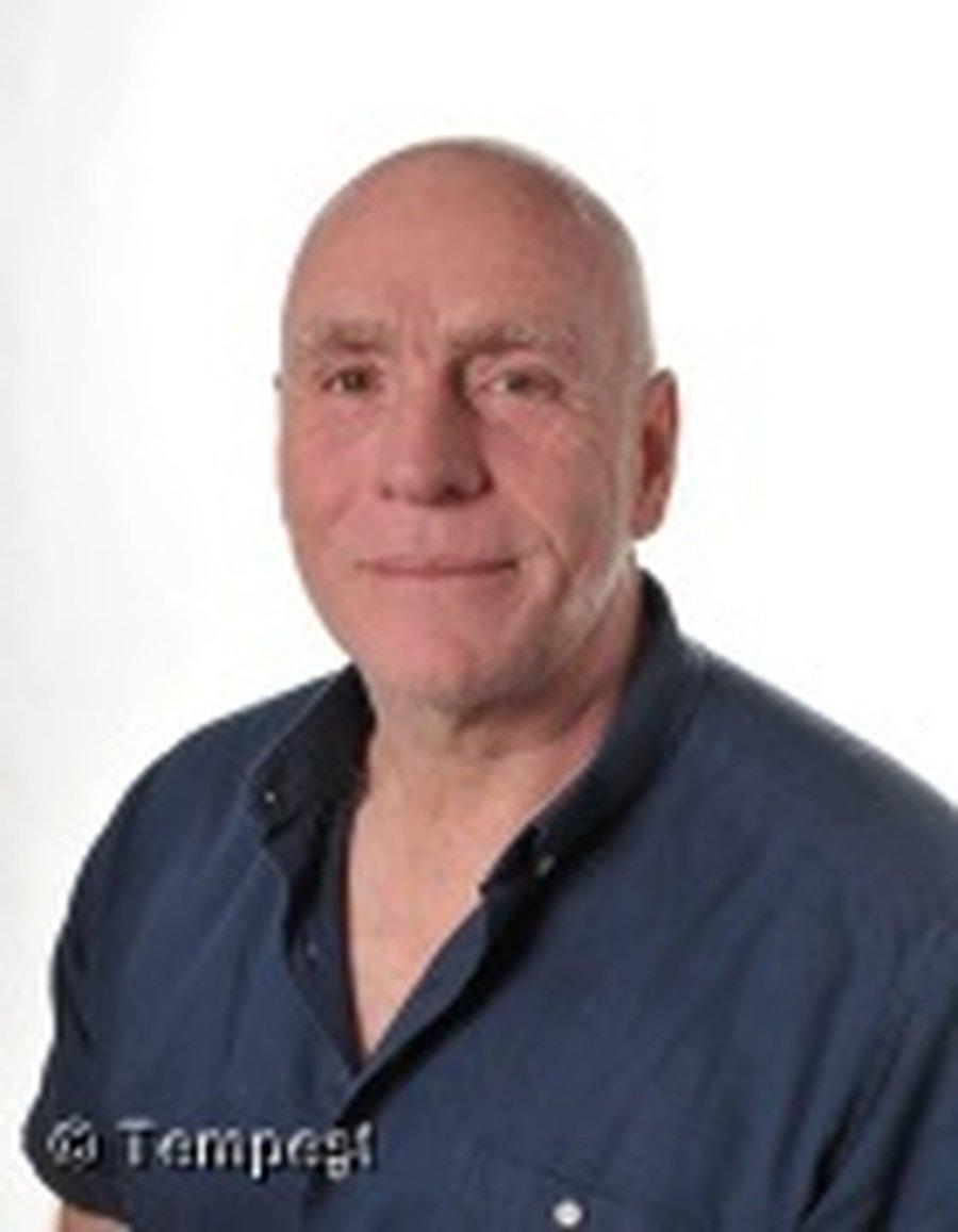 Mr Billinge Site Manager & Forest School Leader