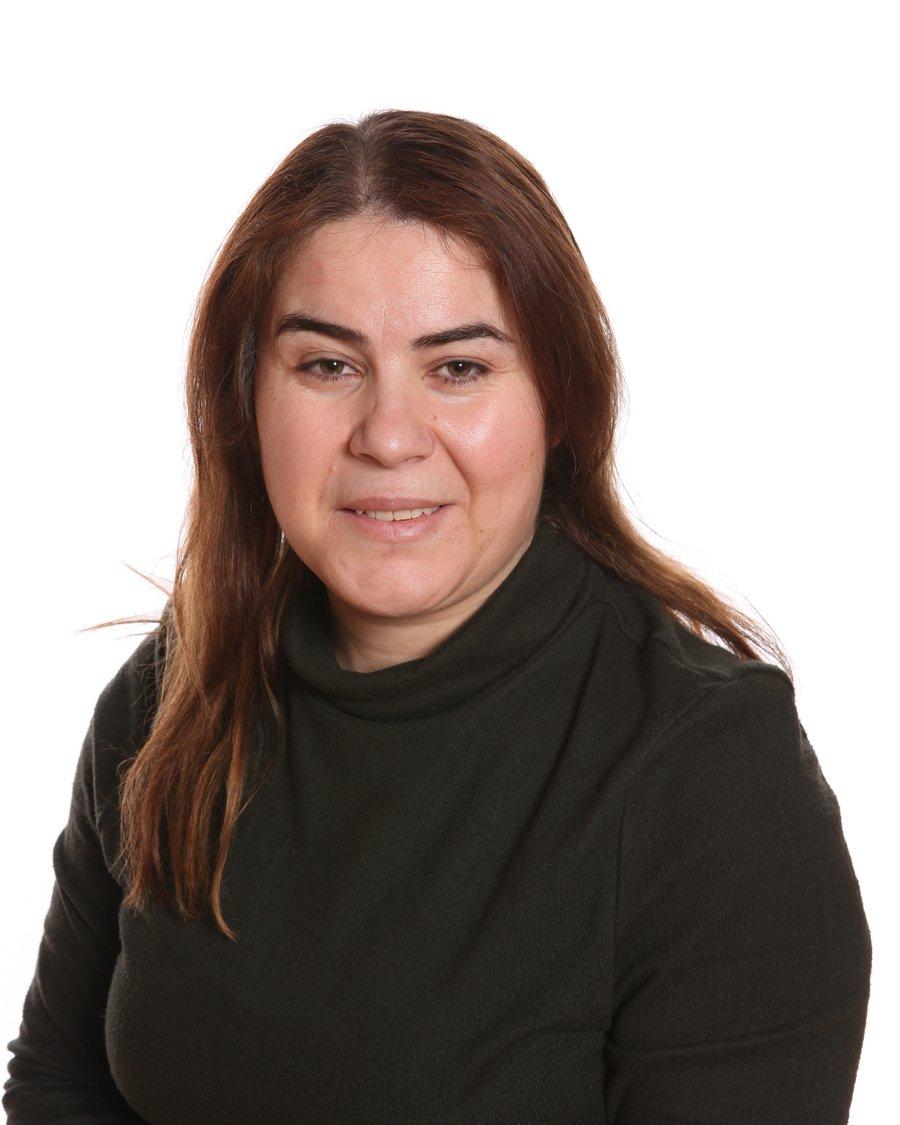 Miss Juan Karani, Lunchtime Supervisor