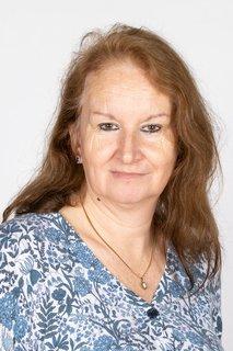 Mrs Linda Snoad